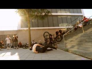 BIJNA DODELIJKE VAL MET BMX IN AMSTERDAM !!