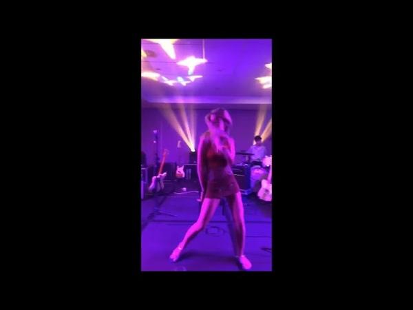 Ricky graba a Nerea Bailando y Cantando, Raoul se une al final bailando. Fiesta OT 26-8-18