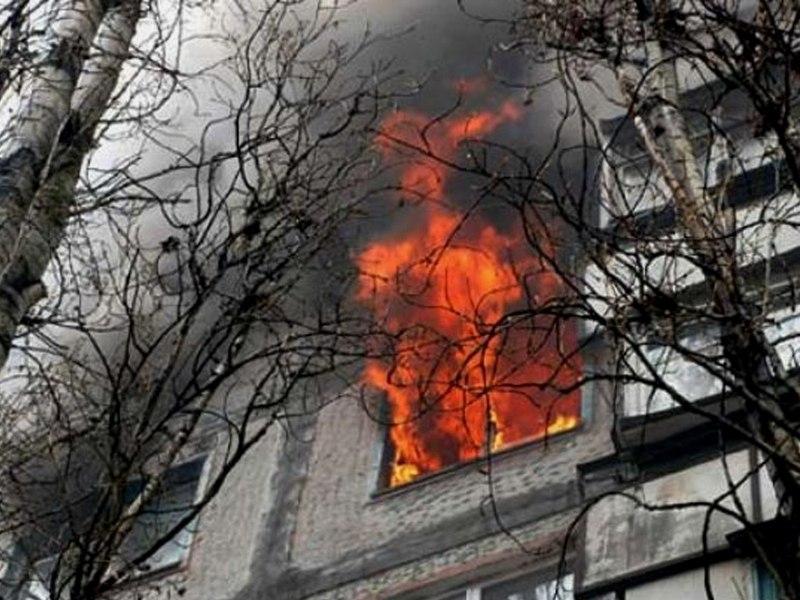Детская шалость при обращении с огнем послужила причиной пожара в Волжском районе