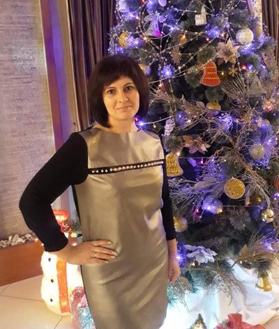 Наташа Сутягина