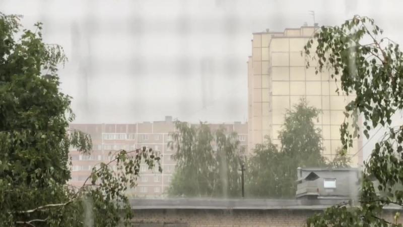 Дождь по лужам,дождь по крышам...