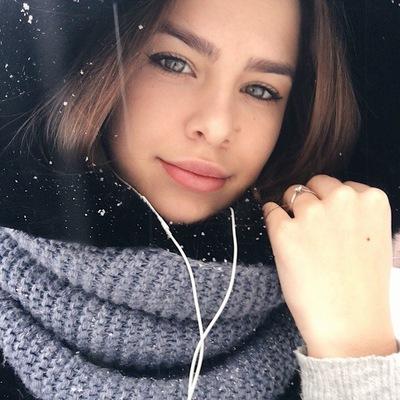 Алёна Медведева