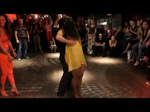 Вау-у-у-у Очередное танцевальное сумасшествие Чумовая ЛАМБАДА!