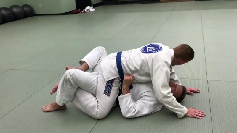 5 вариантов выхода из позиции Mount от Eli Knight Jiu Jitsu