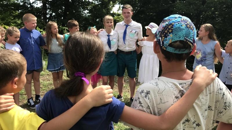 Конкурс педагогического мастерства Выступление пед отряда Синяя Птица