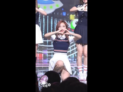 [MPD직캠] 트와이스 나연 직캠 'SIGNAL' (TWICE NA YEON FanCam) | @MCOUNTDOWN_2017.5.18