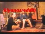 Türk filminde çocuğun yanında ağda yapmak - Sonra da bacak arama ne bakıyorsun demek - child looking erotik legs in turk movie