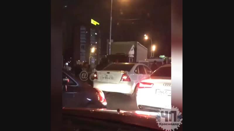 ДТП на Старокубанской с Уазиком и грузовиком mp4