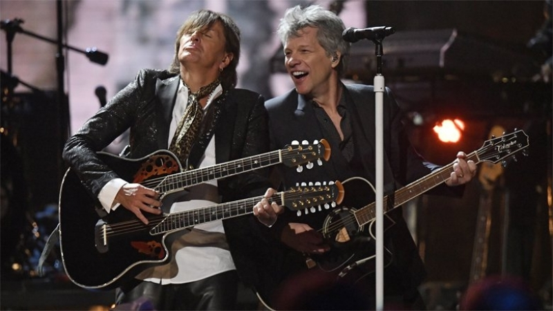 Bon Jovi - Livin on a Prayer at Rock (Roll Hall of Fame 2018)