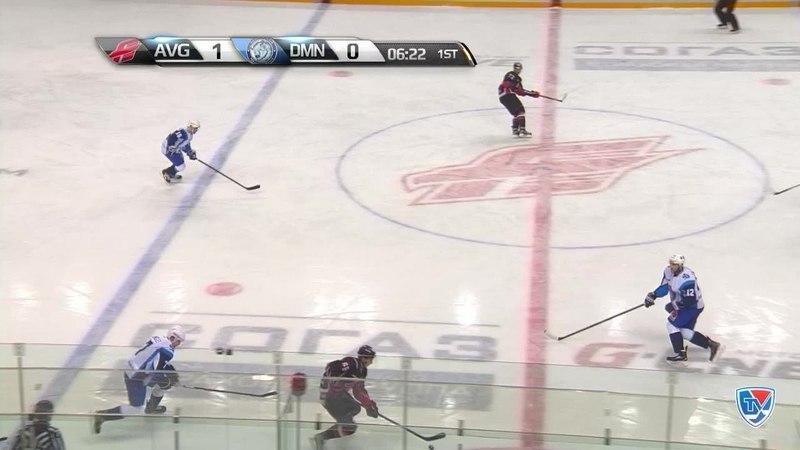 Моменты из матчей КХЛ сезона 14/15 • Гол. 2:0. Иван Фищенко (Авангард) удвоил преимущество хозяев 17.01