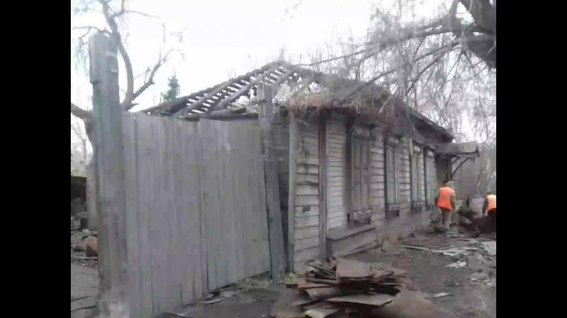 В Омске сносят столетний дом у памятника Жукову