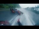 Падение с мотоцикла и спасение пассажирки