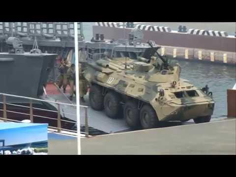 Владивосток отмечает День Военно-Морского флота России