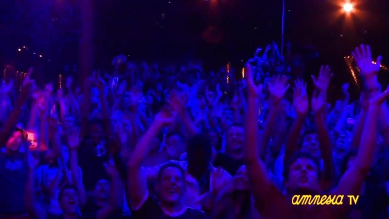 Amnesia_Ibiza_Dancers_at_Espuma_Party_hd720
