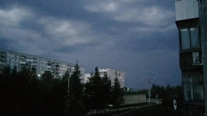молнии, гроза 25 июня в городе Ухта (23:30)