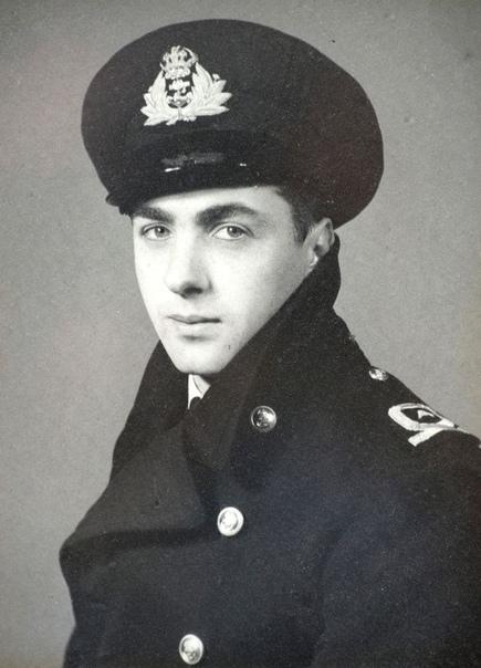 Эрик Браун, самый невероятный лётчик-испытатель Британии Он летал на 487 различных типах самолётов и вертолётов и стал первым, кто посадил реактивный самолёт на палубу авианосца. Но многие