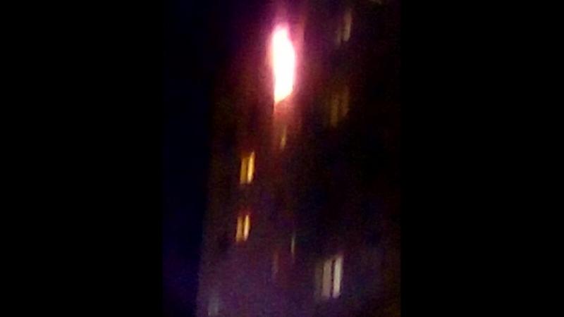 пожар в общаге на Дзержинского 36/2 браво доблестным пожарникам,молодцы,оперативно сработали