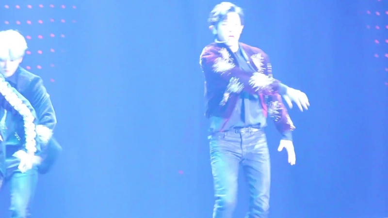 [FANCAM] 171201 Mnet Asian Music Awards in Hong Kong @ EXO's Chanyeol - Power