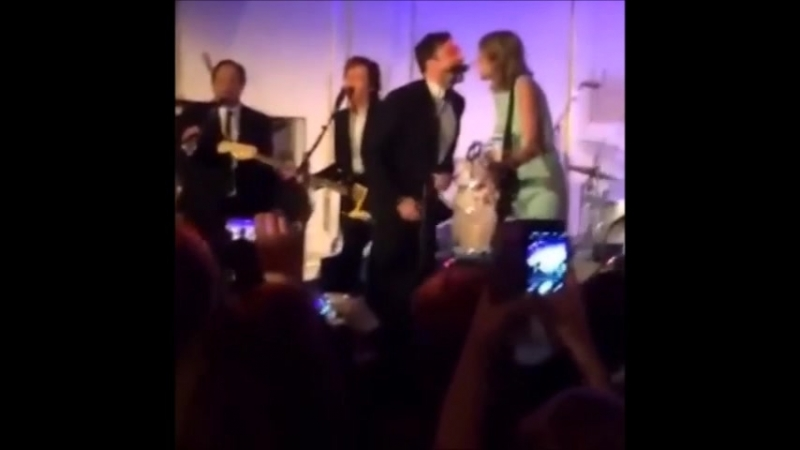 Taylor Swift Paul McCartney - I Saw Her Standing (Live on The SNL 40th Anniversary After Party, 2015)