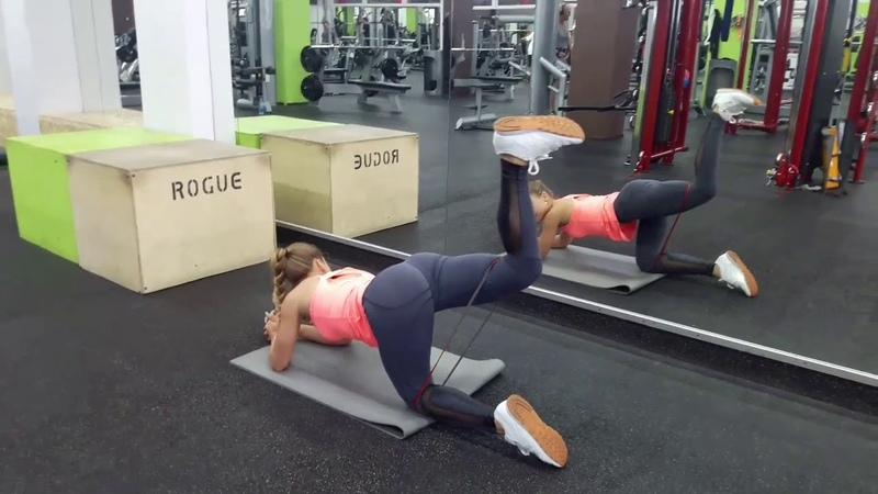 Упражнения для ягодиц с фитнес-резинкой от СК Чемпион