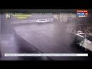 В Интернете появились видеокадры с обрушением автомобильного моста в Генуе