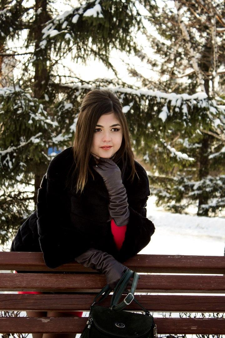 Юлия логинова фотограф для работы требуется девушка