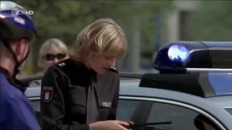 Notruf Hafenkante Staffel 1 Folge 3 Das schwarze Kleid HD » Freewka.com - Смотреть онлайн в хорощем качестве
