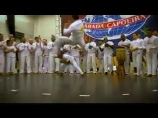 XX JOGOS EUROPEUS 2018 ABADÁ-CAPOEIRA, PRAGA - REPÚBLICA CHECA. Grande demonstração dos Instrutores Foguete e Ferrugem.