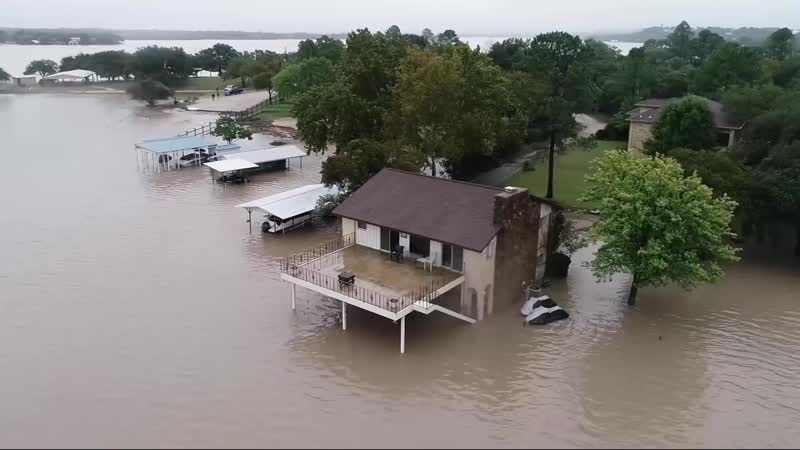 Heavy rains lead to major flooding in Central Texas