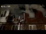 Жилой дом в Омске горит после взрыва