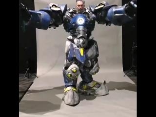 Лучший косплей на Рейнхарда из Overwatch