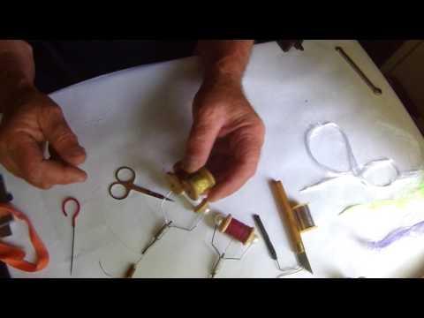 Станок для вязания мушек