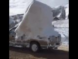 Когда влом чистить машину от снега