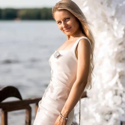Анна Куршакова
