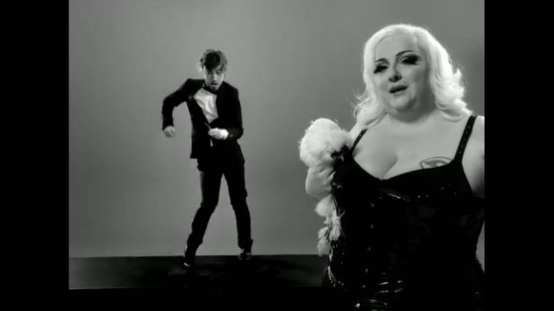 Julien Doré - Les limites (Julien danse _⁄ Patricia chante) (Clip officiel)