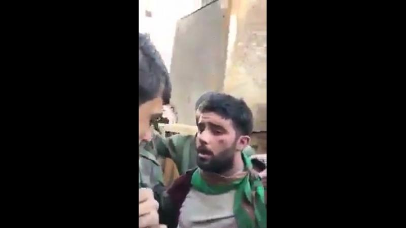 Un terroriste drogué jure à l'AAS qu'il ne fait pas partie de l'AAS