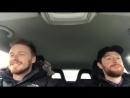Джек и Эндрю Ротни поют