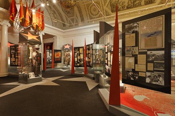 Подопечные центра соцобслуживания в Савеловском посетят Музей современной истории России