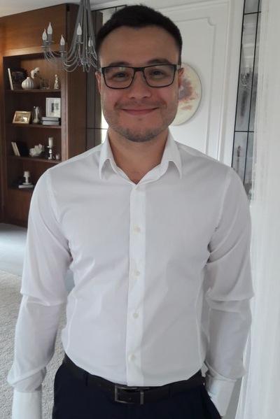 Георгий Хатаев