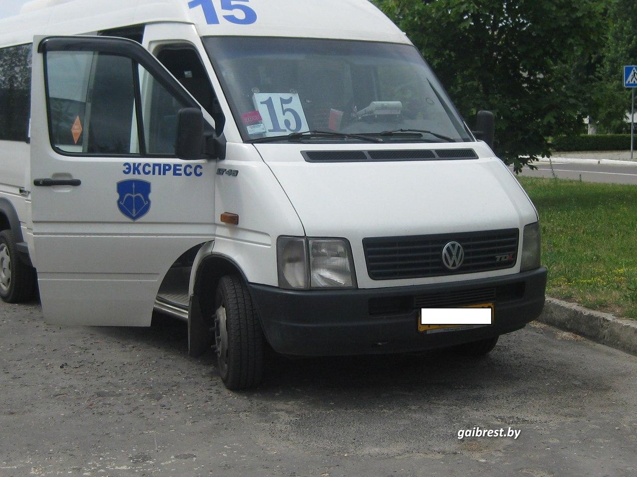 В Бресте в маршрутном такси пассажир получил травмы