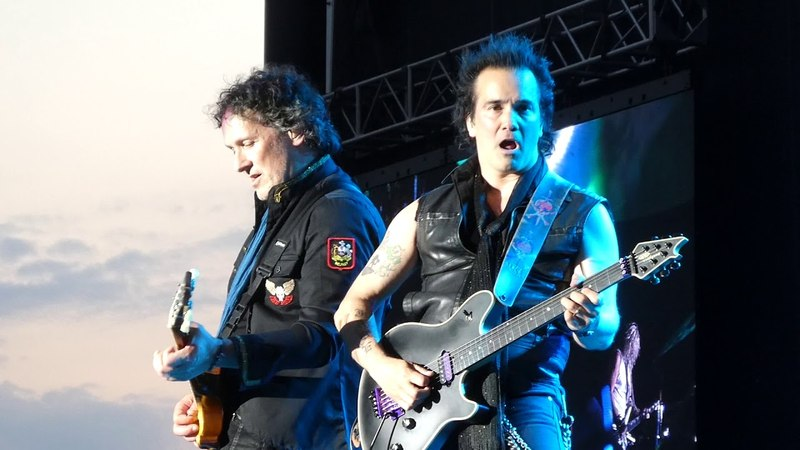 Heartbreak Switch 625 Hysteria Def Leppard@Hersheypark PA Stadium 5/25/18