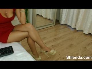 Arab sexy milf shows legs on web cam