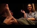 Облизывает ножки foot fetish femdom #footworship #dirtyfeet #mistress #licking #feet #slave