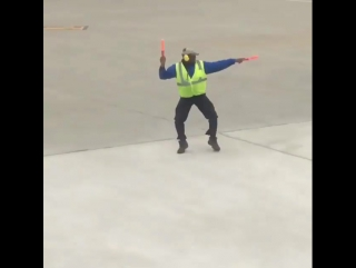 Когда любишь свою работу Аэропорт Женевы- Genève Aéroport