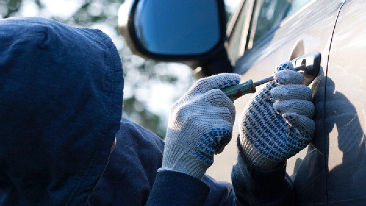 Житель Кривошеинского района угнал автомобиль и вернул его обратно