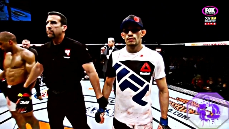 Tony Ferguson vs Edson Barboza TUF-22 Finale Performance of the Night. Fight of the Night Submission (D'Arce choke)