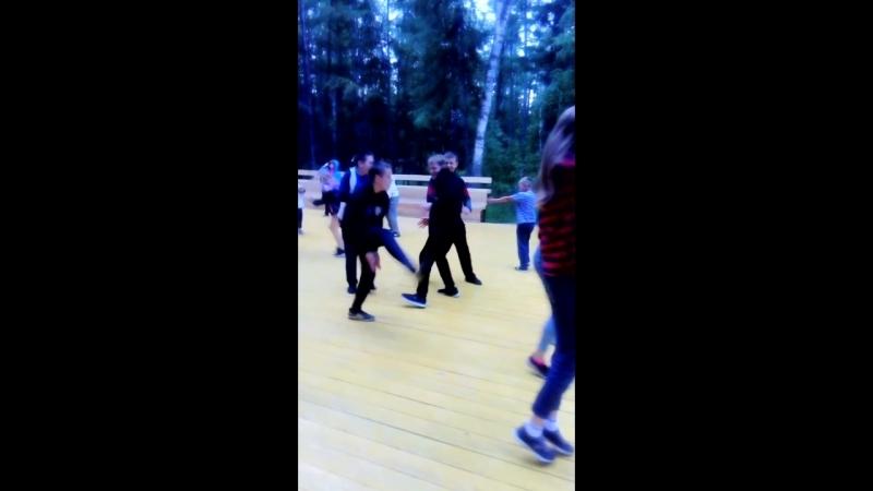 Танцевальный батл, всё интересное видео будет впереди😂