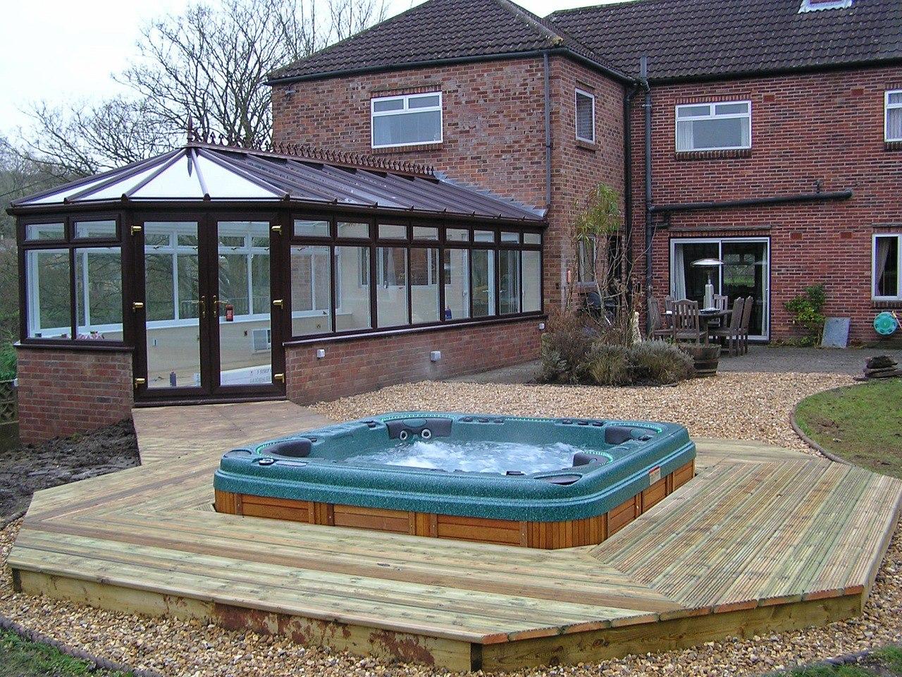 гидромассажный бассейн у вас дома, купить спа-бассейн в Краснодаре, плавательный мини-бассейн с противотоком