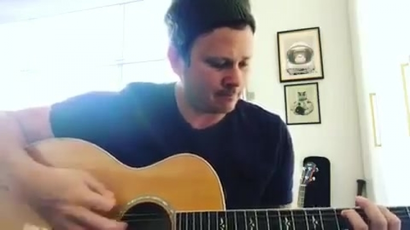 TOM DELONGE NEW MUSIC (Guitar Riff) STRANGE TIMES MUSIC