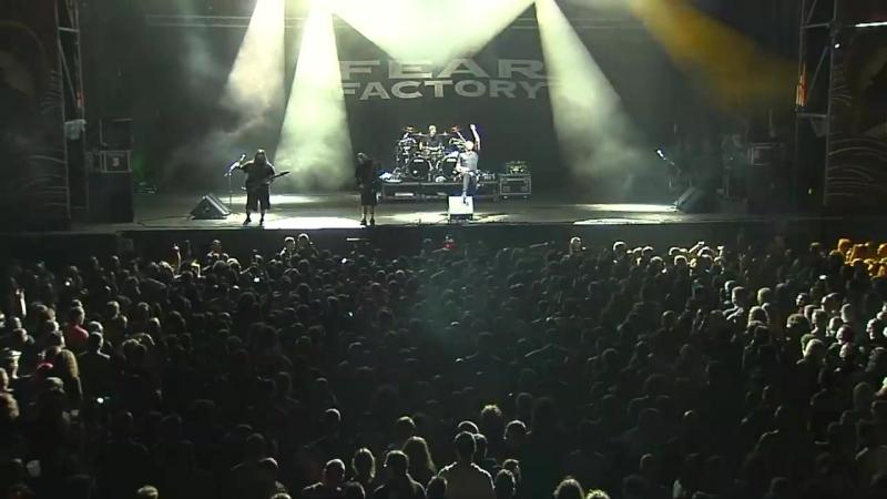 Fear_Factory_-_Live_at_Resurrection_Fest_2015__Viv.mp4